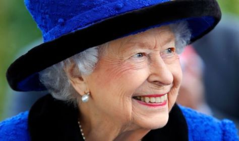Queen sends clear message she is 'not stepping down' after snubbing Oldie of Year award