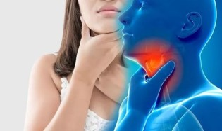 Throat cancer symptoms: Having difficulty swallowing is an early warning sign | Express.co.uk