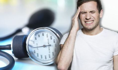High blood pressure: Headaches could indicate a hypertensive crisis – what to do?