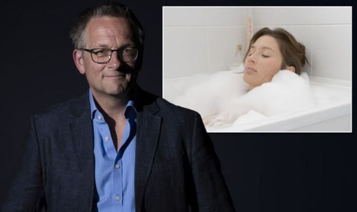 Having a hot bath can promote weight loss - how long to spend in the bath - Dr Mosley tip