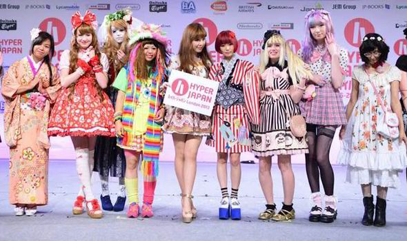 Weird Japanese fashions  Cat caf    s  Lolita  Hello Kitty and jelly     Kawaii fashion  Japanese fashion  style