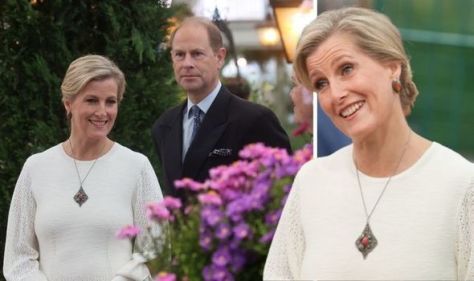 Sophie Wessex body language 'changes' with Prince Edward - avoids 'eclipsing' him