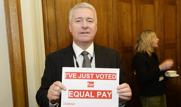 Ian Lavery with labour sign