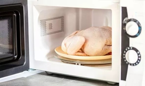 you defrost chicken in the microwave