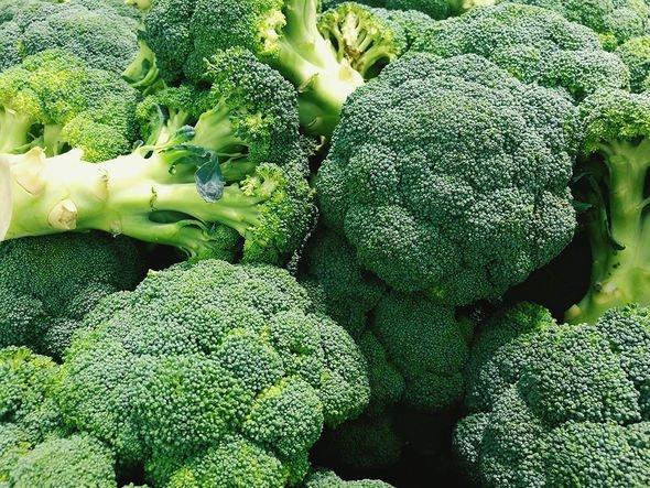 Can you freeze broccoli: Broccoli heads