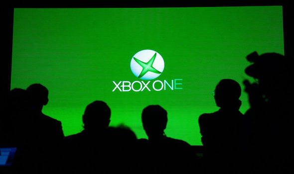 Xbox One update Microsoft removing Snap multitasking