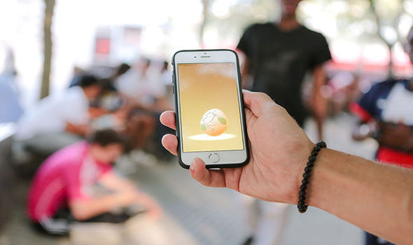 Pokemon Go egg hatching