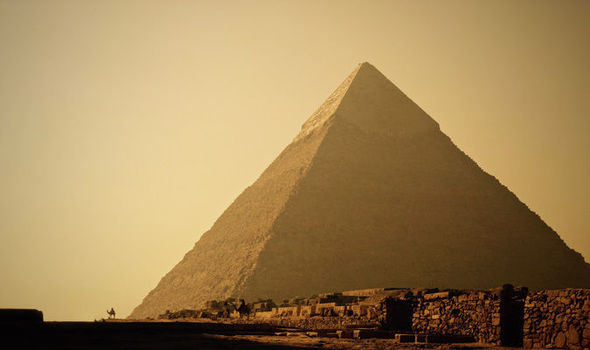 Archaeologists STUNNED to find two secret chambers inside the Great Pyramid of Giza October 18, 2016