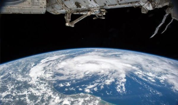 NASA Space Station live stream: How to watch the ...