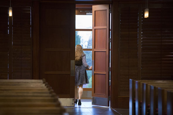 13 Reasons Why season 2 spoilers: Hannah Baker's note ...