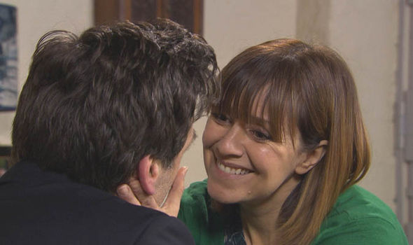 Rhona Goskirk convinces Pierce Harris to propose on Emmerdale