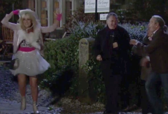 Emmerdale spoiler ITV blunder continuity hen party The Woolpack