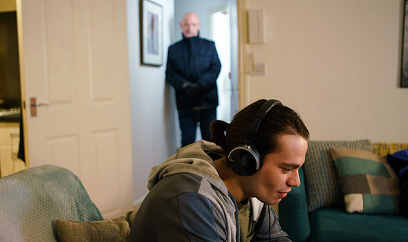 Phelan goes to Nicola's flat and is furious seeing Seb there