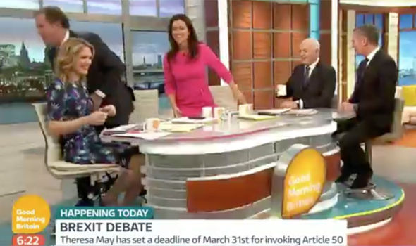 Piers Morgan and Susanna Reid walk off Good Morning Britan