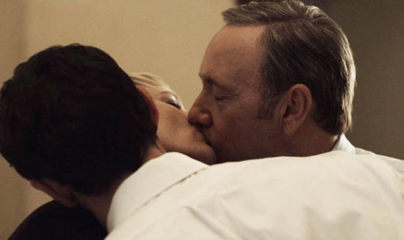House of Cards threesome
