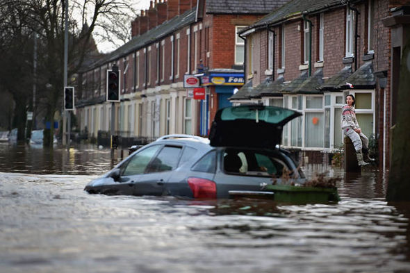 Storm desmond  Building up flood defences: How coverage important points can muddy the waters flood 409052