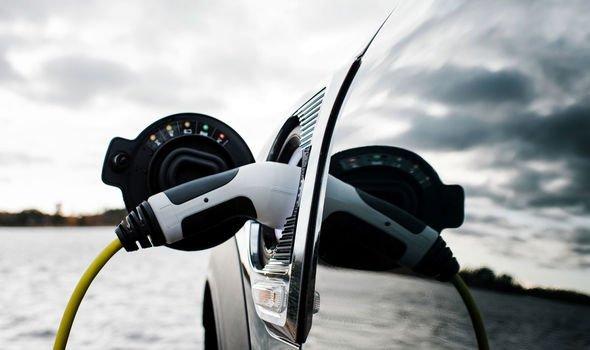 https://i1.wp.com/cdn.images.express.co.uk/img/dynamic/24/590x/secondary/electric-car-charging-stations-2360752.jpg?w=676&ssl=1