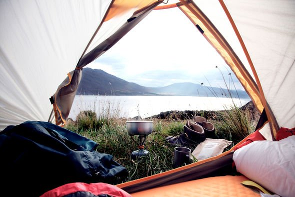 Camping & caravan holidays: 'Thousands of campsites' unable to open in April over toilets
