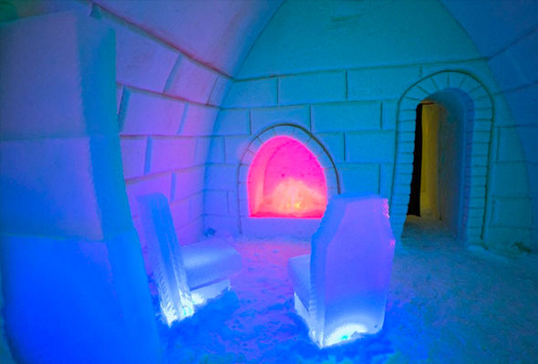 Finland Northern Lights Igloo