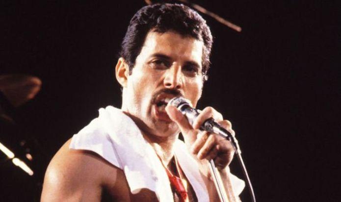 Freddie Mercury: Heartbreaking reason Queen star hid his illness so long – His secret hope