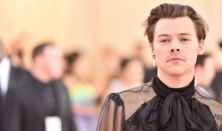 One Direction: Harry Styles fan fiction twist leaves readers in turmoil - 'Losing my mind'