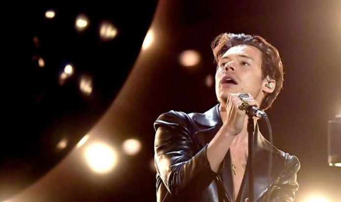 One Direction: Harry Styles spent '£20,000 on a sculpture of Jesus'