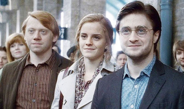 harry, ron and hermione in 19 years later scene