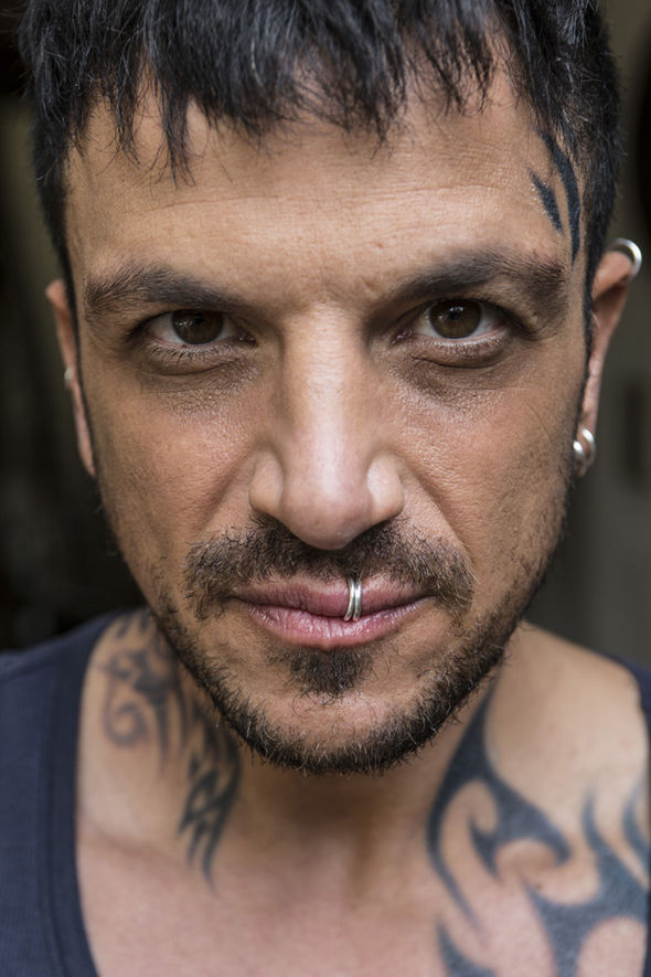 Peter Andre Looks VERY Different As He Plays A Heroin