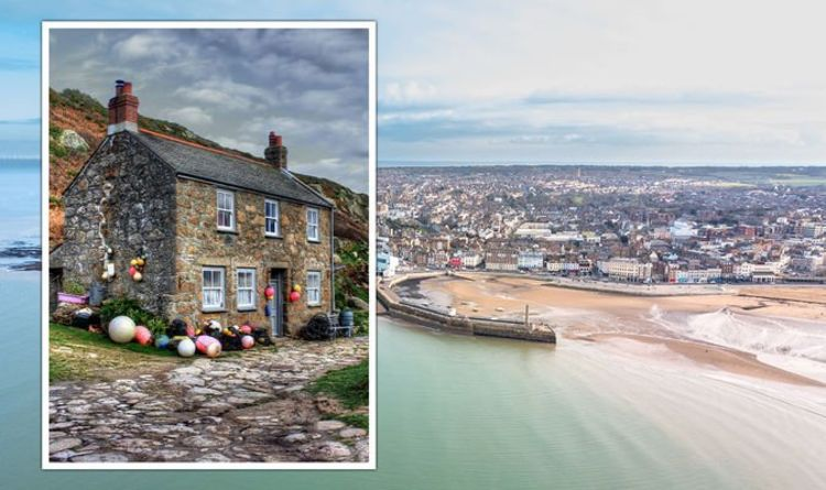 Property: Best seaside towns to buy a home in the UK - latest graphic