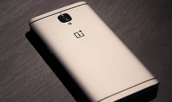 OnePlus 5 revealed first picture sneak peak