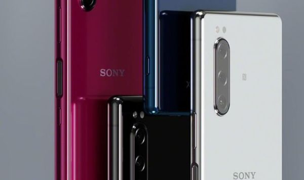 Xperia 5 v Xperia 1 - Cheaper Sony flagship is what fans ...