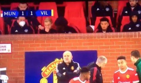 Donny van de Beek's furious reaction spotted as Man Utd star snubbed again