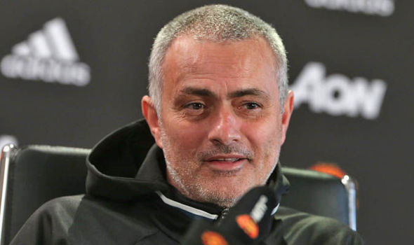 Jose Mourinho wants Manchester United to close the gap to the top four