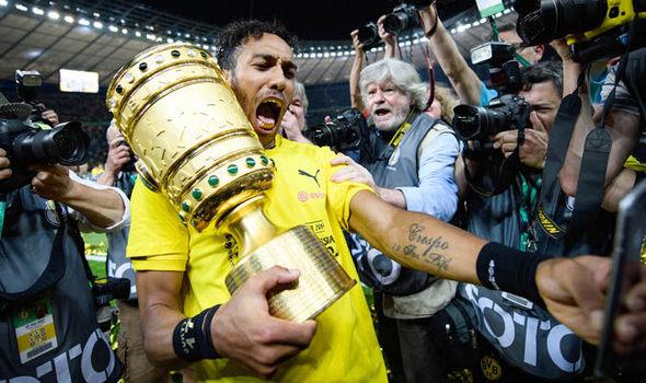 Manchester United Transfer News Borussia Dortmund Pierre-Emerick Aubameyang