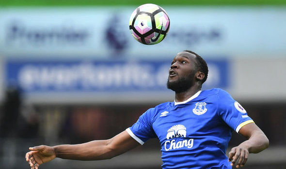 Manchester United Transfer News: Jose Mourinho is interested in signing Everton's Romelu Lukaku
