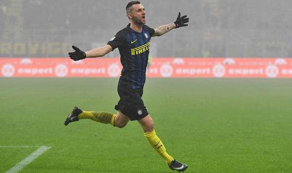 Manchester United want to sign Marcelo Brozovic