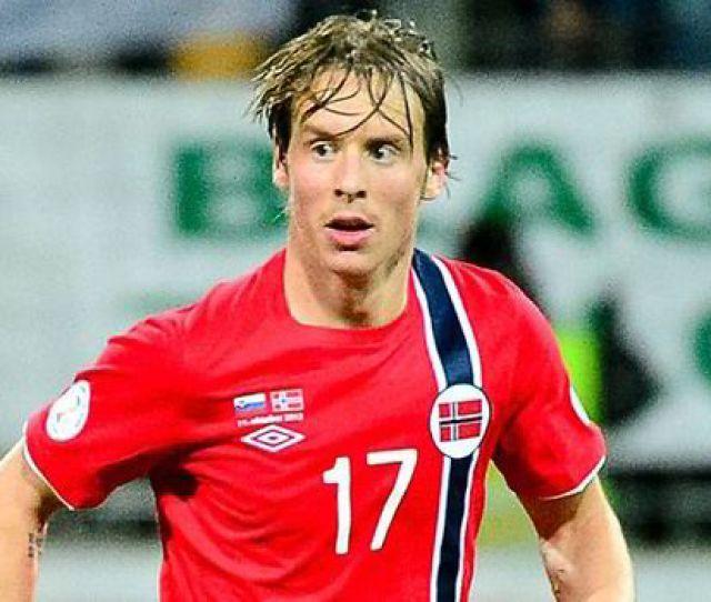 Norwegian Stefan Johansen Waits On Celtic