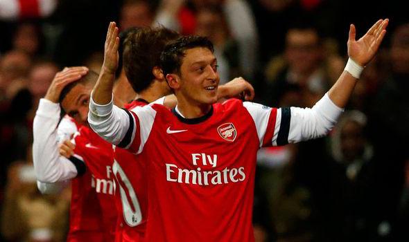 ANALYSIS: Higuain and Mertesacker battle key to Arsenal's ...