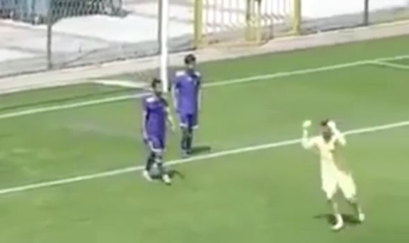 Angry goalkeeper after defenders error