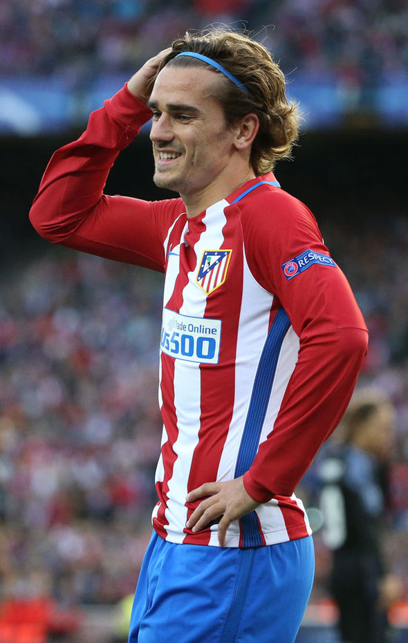 31/08/2021· antoine griezmann has rejoined atlético madrid in a shock move from barcelona on a season's loan with an obligation for the transfer to become permanent for €40m (£34.4m). Atletico Madrid transfer ban: CAS uphold ban on signing ...