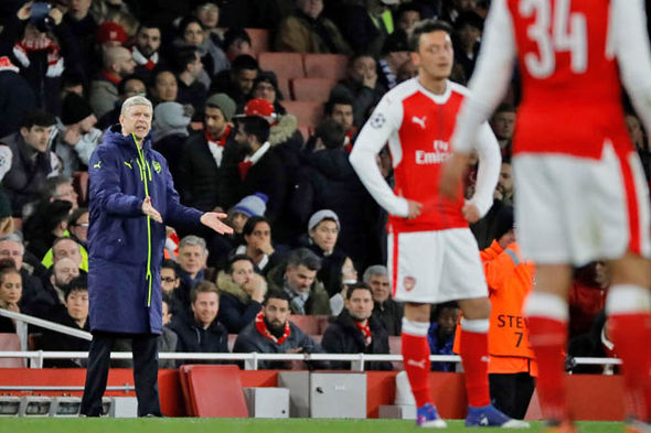 Arsene Wenger will dictate whether he leaves - not the fans