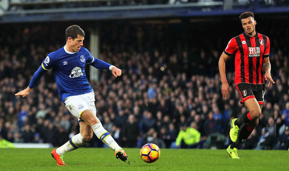 Barkley scores in Everton win over Bournemouth