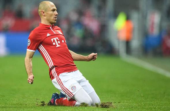 Bayern Munich v Arsenal Robben goal
