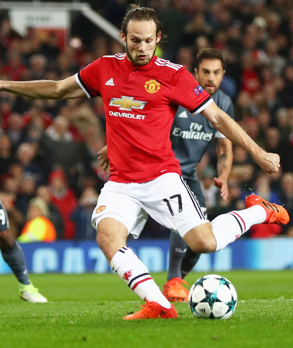 Daley Blind slotting home a penalty