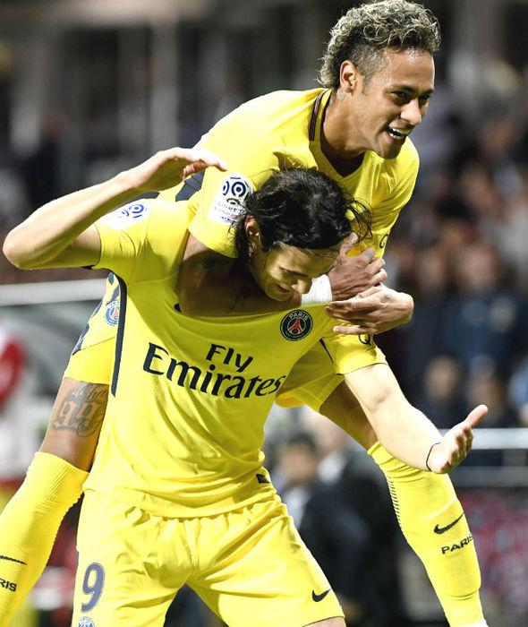Edinson Cavani celebrating scoring for PSG