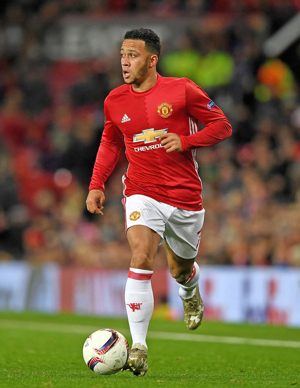 Memphis Depay Manchester United contract