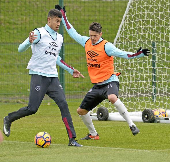 Jose Fonte West Ham training