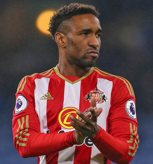 Jermain Defoe signed a 12-month extension with Sunderland in the summer