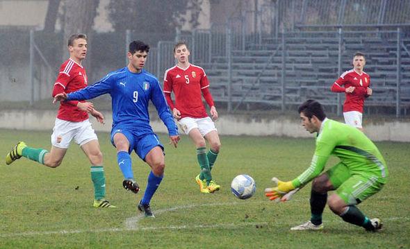 Pietro Pellegri playing for Italy