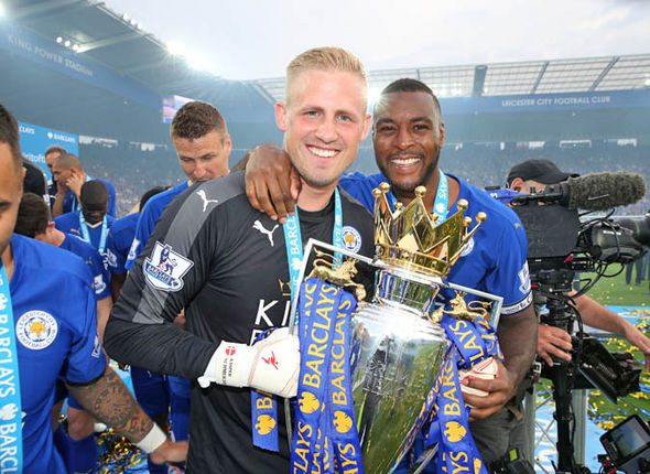 Schmeichel wins the league